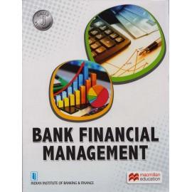 Macmillan India Ltd [Bank Financial Management (English), Paperback]